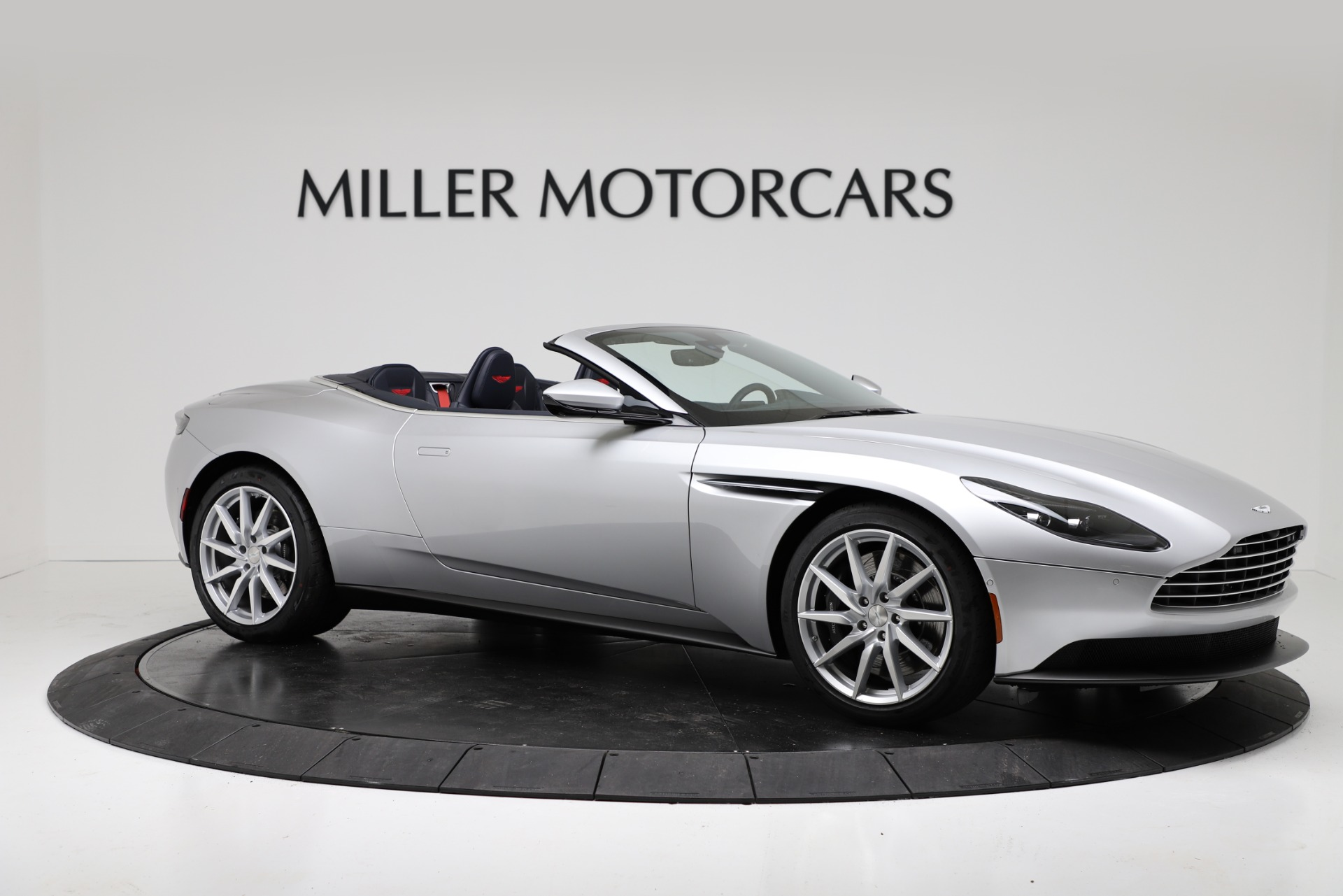 New 2019 Aston Martin DB11 V8 Convertible For Sale In Greenwich, CT 3316_p10