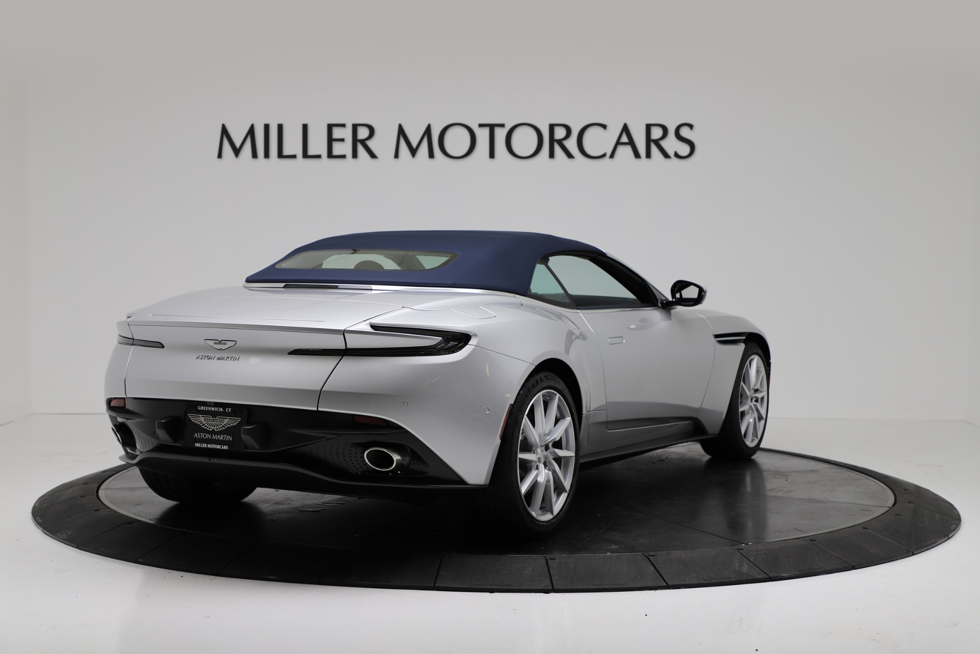 New 2019 Aston Martin DB11 V8 Convertible For Sale In Greenwich, CT 3316_p16