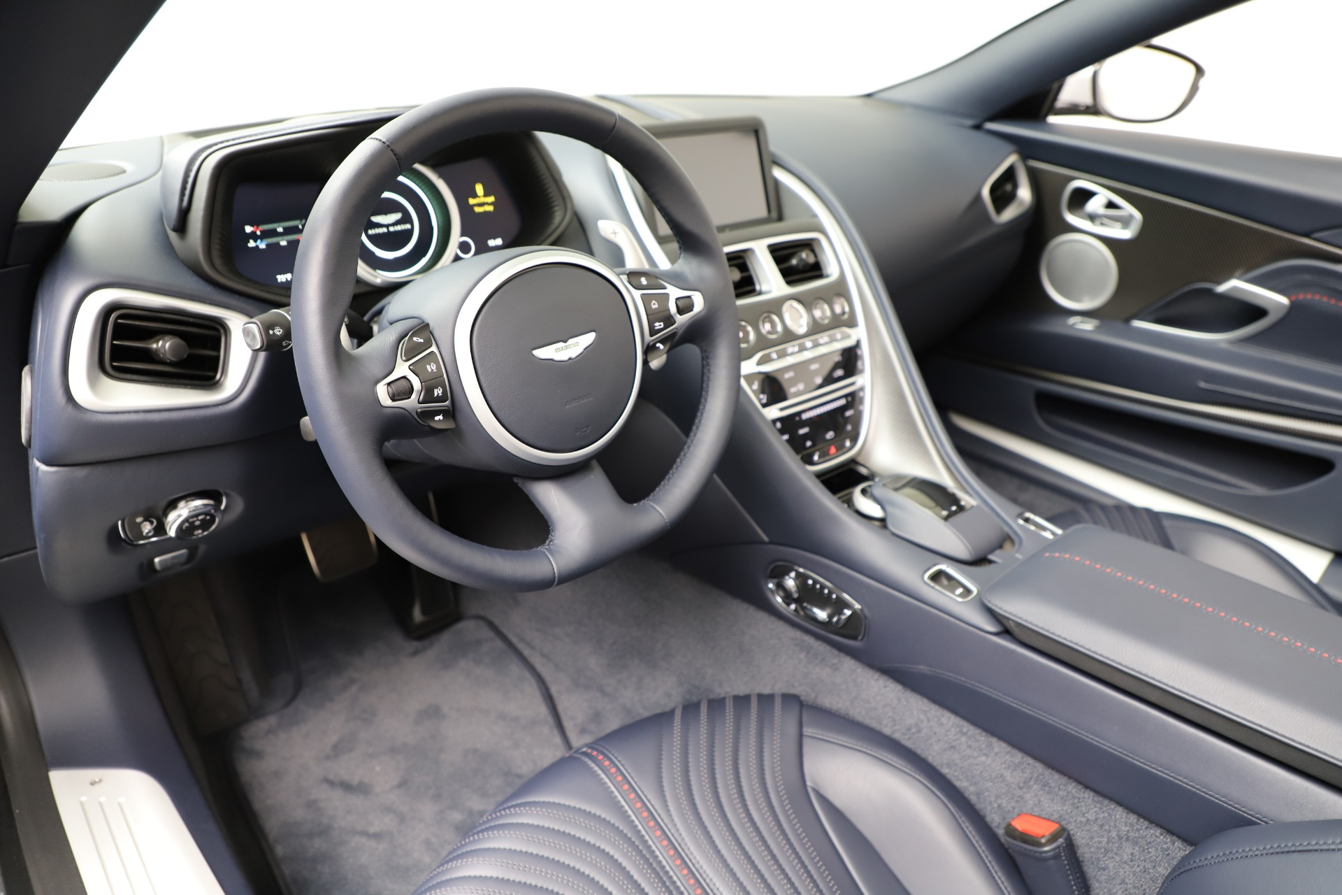 New 2019 Aston Martin DB11 V8 Convertible For Sale In Greenwich, CT 3316_p20