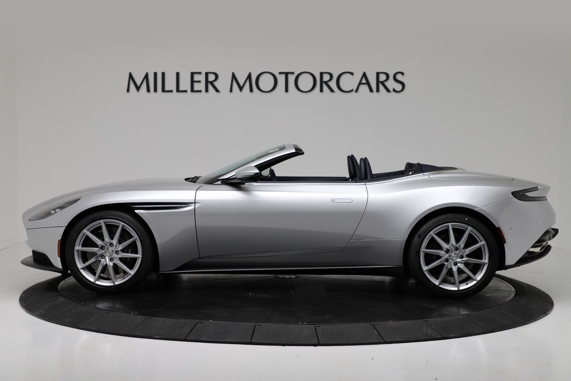 New 2019 Aston Martin DB11 V8 Convertible For Sale In Greenwich, CT 3316_p3