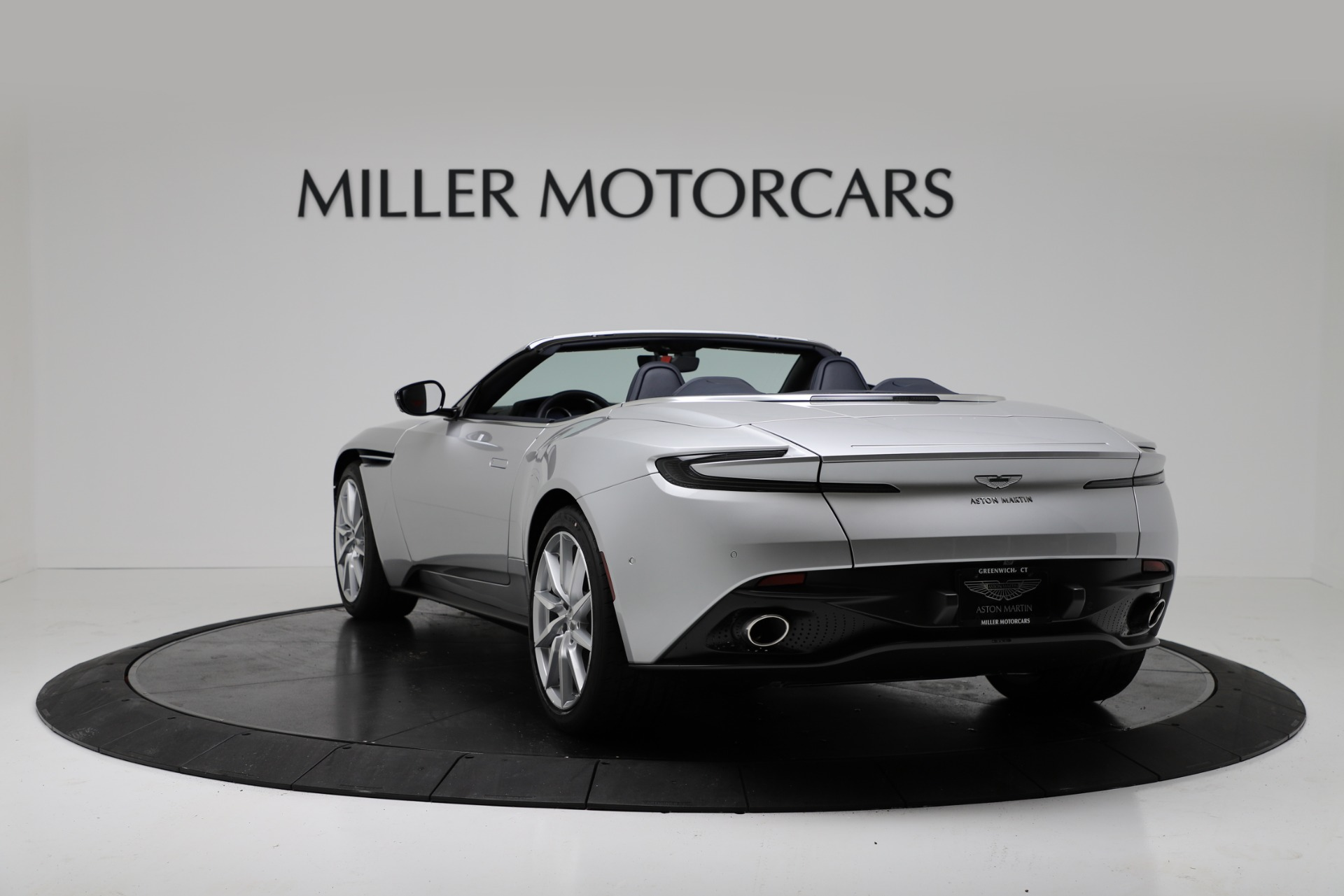 New 2019 Aston Martin DB11 V8 Convertible For Sale In Greenwich, CT 3316_p5