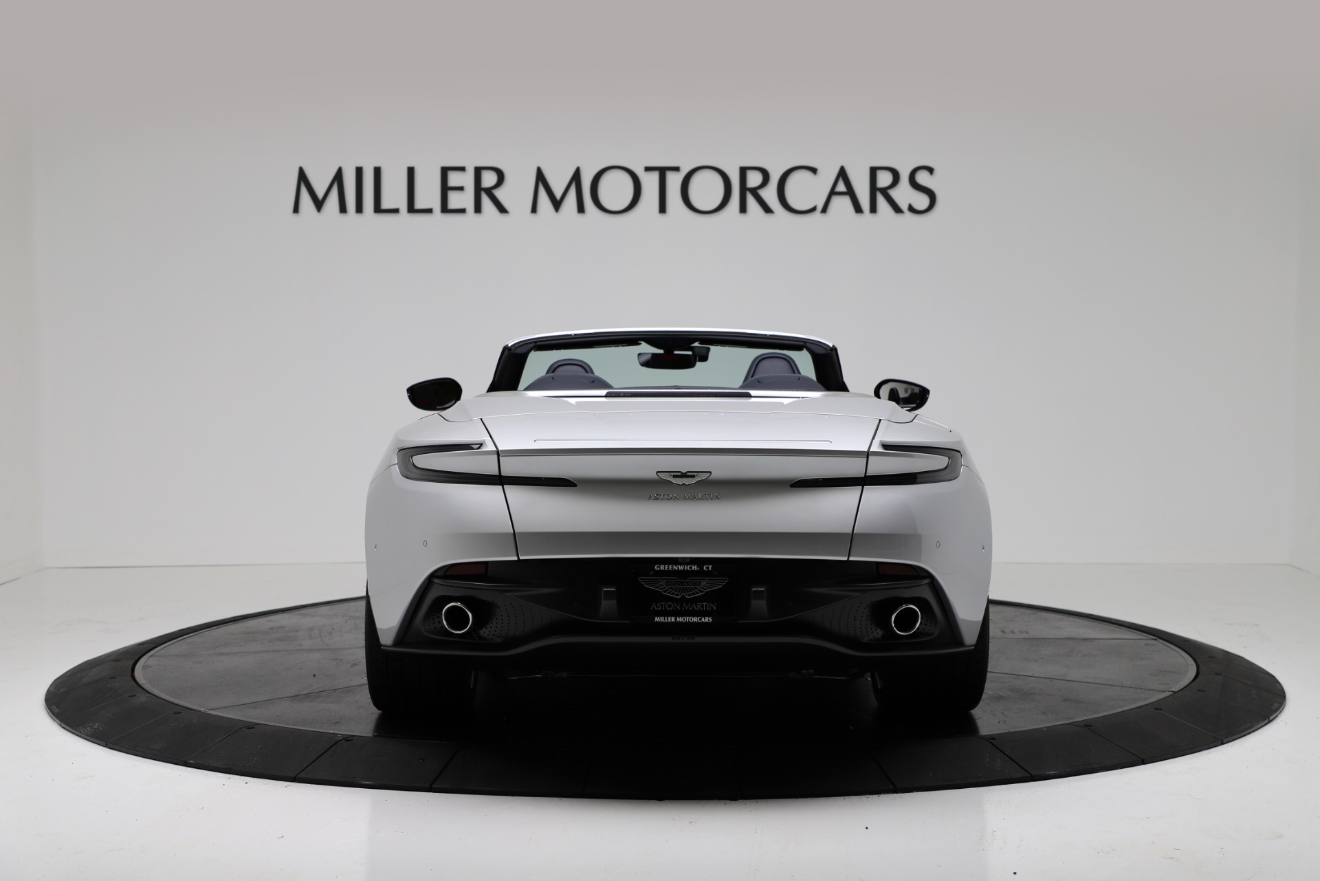 New 2019 Aston Martin DB11 V8 Convertible For Sale In Greenwich, CT 3316_p6