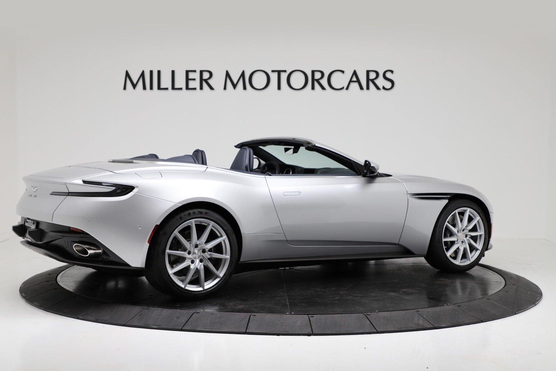 New 2019 Aston Martin DB11 V8 Convertible For Sale In Greenwich, CT 3316_p8