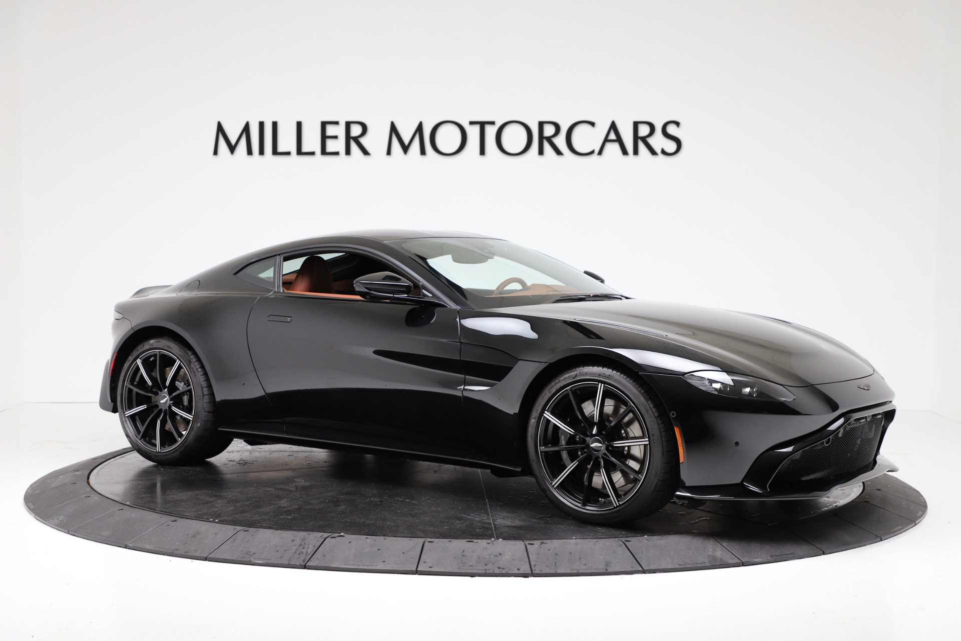 New 2020 Aston Martin Vantage Coupe For Sale In Greenwich, CT 3317_p10