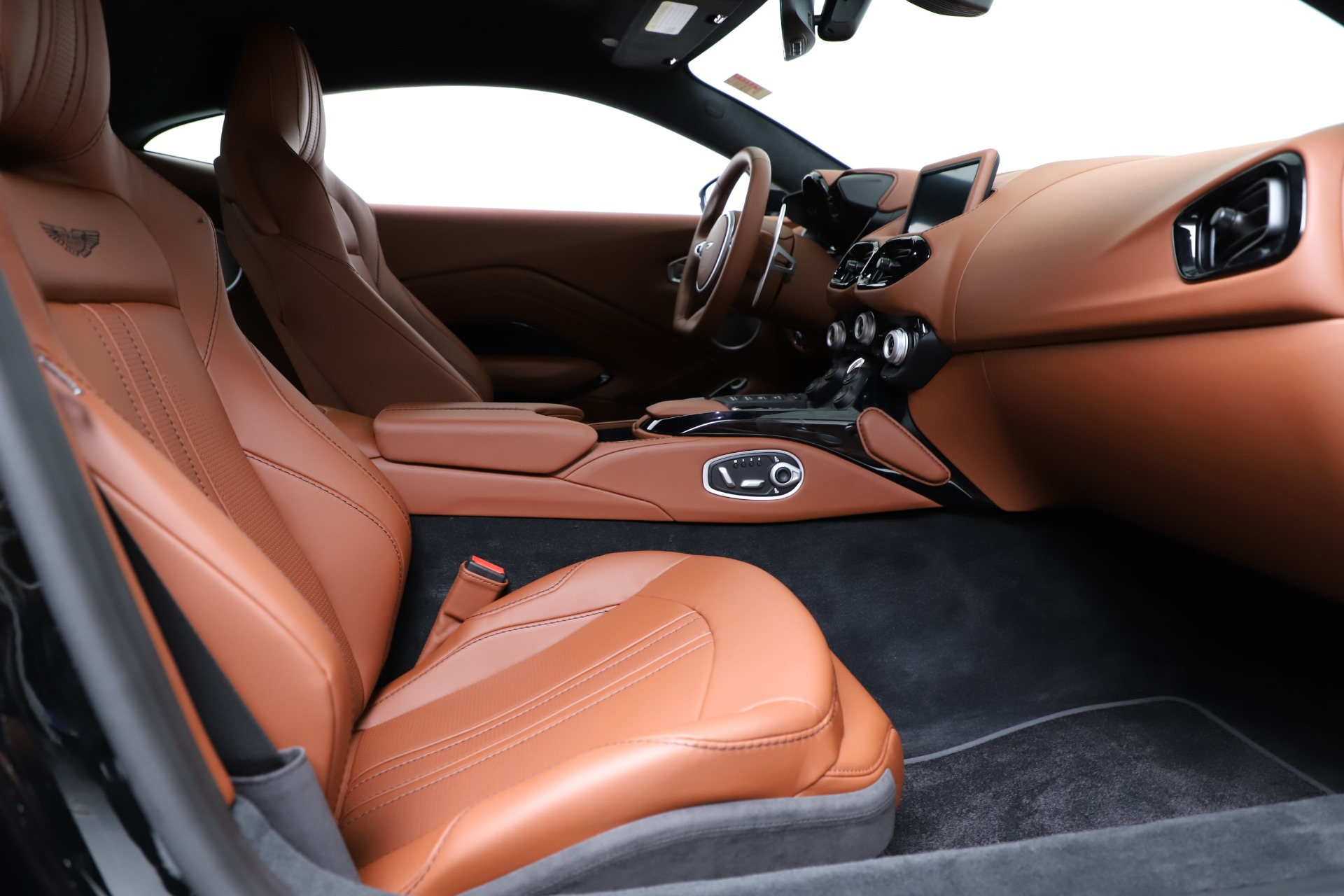 New 2020 Aston Martin Vantage Coupe For Sale In Greenwich, CT 3317_p19