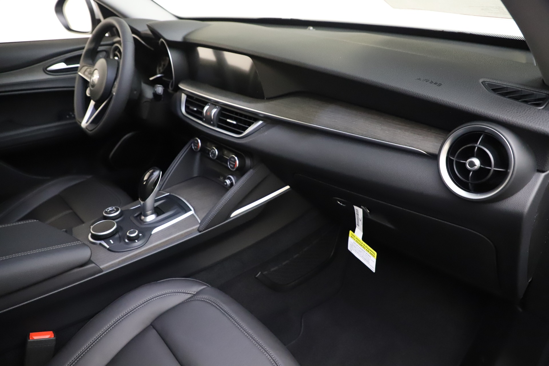 New 2019 Alfa Romeo Stelvio Ti Q4 For Sale In Greenwich, CT 3328_p22