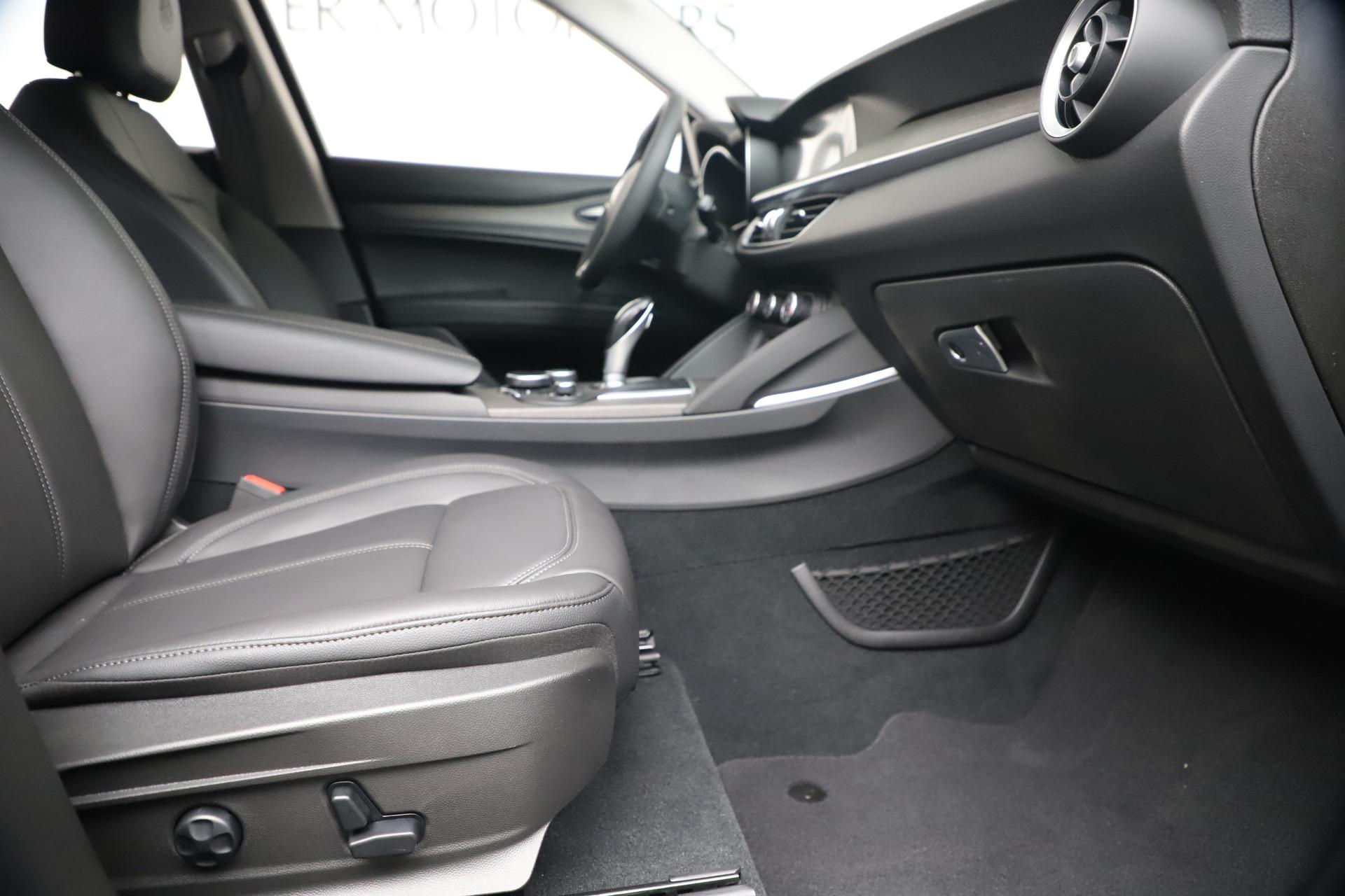 New 2019 Alfa Romeo Stelvio Ti Q4 For Sale In Greenwich, CT 3330_p23