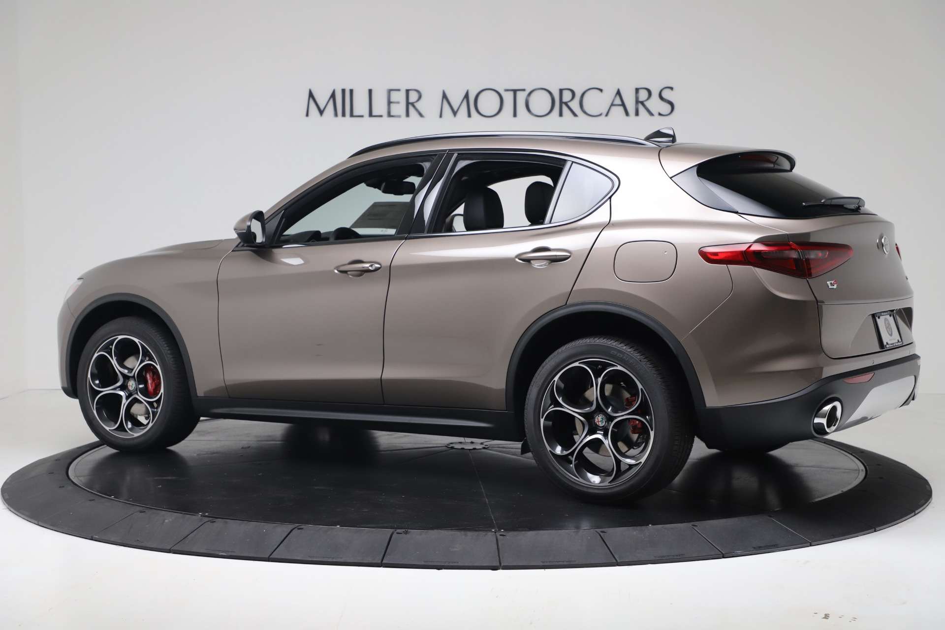New 2019 Alfa Romeo Stelvio Ti Sport Q4 For Sale In Greenwich, CT 3337_p4