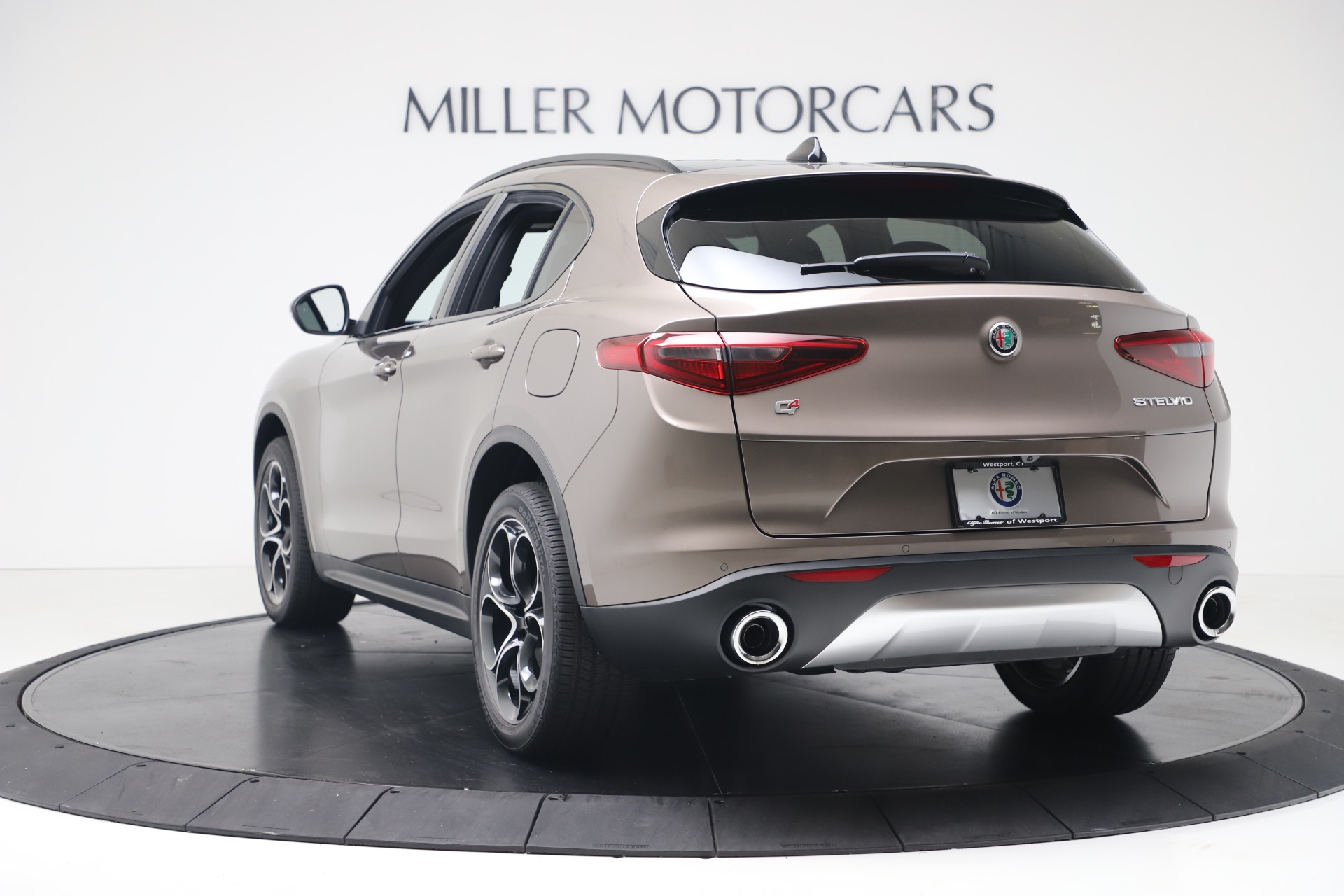 New 2019 Alfa Romeo Stelvio Ti Sport Q4 For Sale In Greenwich, CT 3337_p5