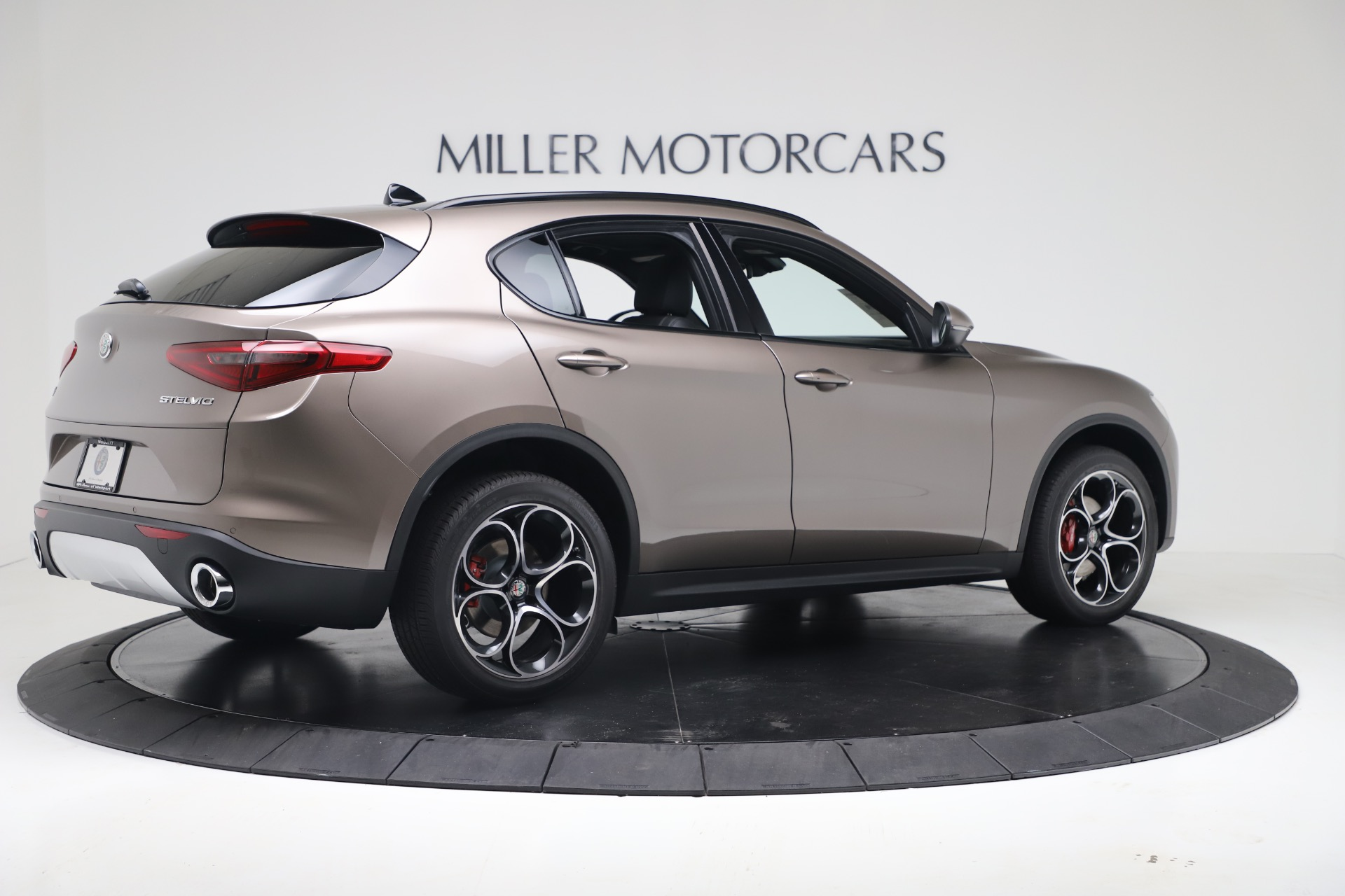 New 2019 Alfa Romeo Stelvio Ti Sport Q4 For Sale In Greenwich, CT 3337_p8