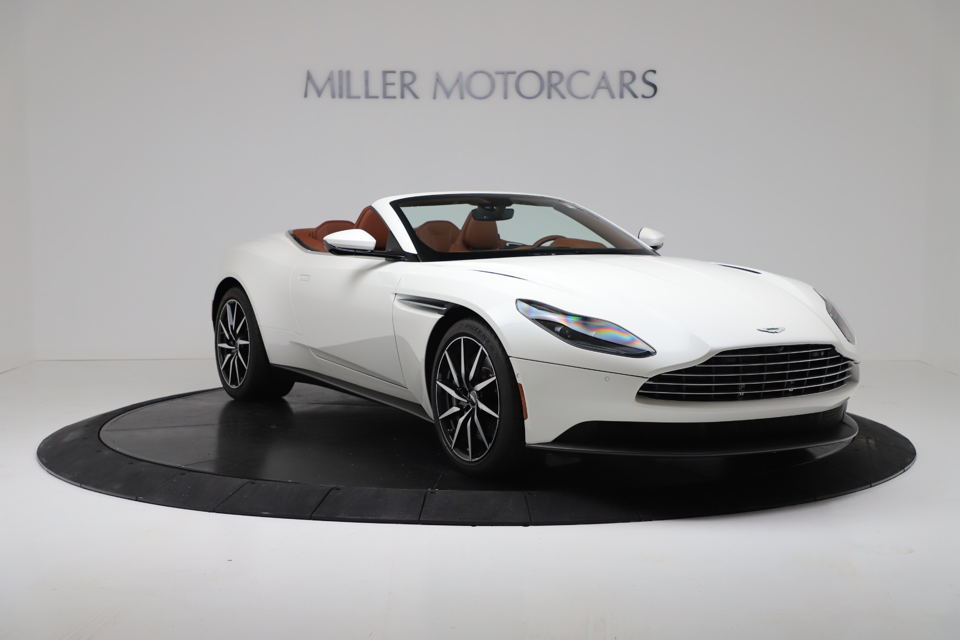 New 2019 Aston Martin DB11 V8 For Sale In Greenwich, CT 3344_p11