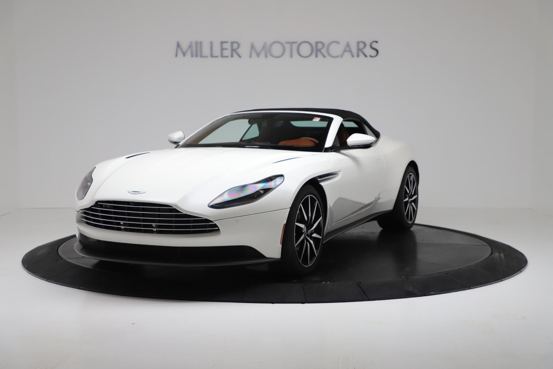 New 2019 Aston Martin DB11 V8 For Sale In Greenwich, CT 3344_p13
