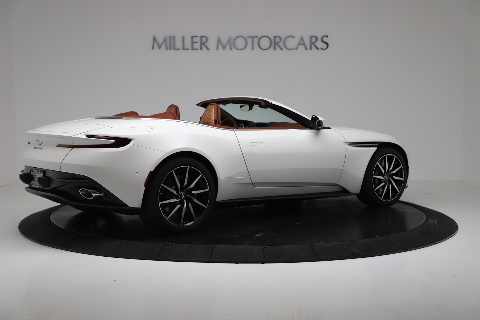 New 2019 Aston Martin DB11 V8 For Sale In Greenwich, CT 3344_p8