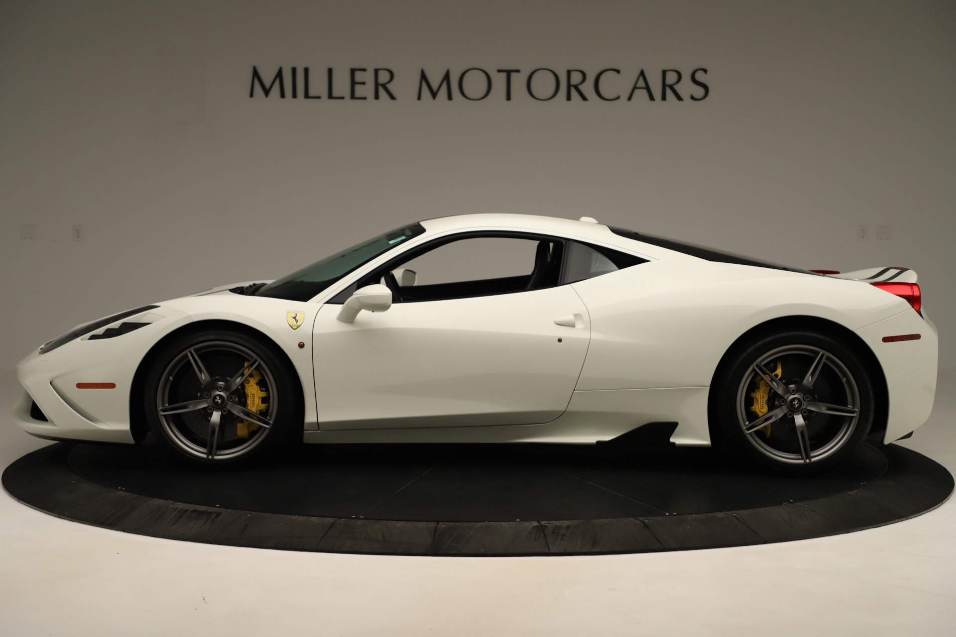 Used 2014 Ferrari 458 Speciale  For Sale In Greenwich, CT 3349_p3