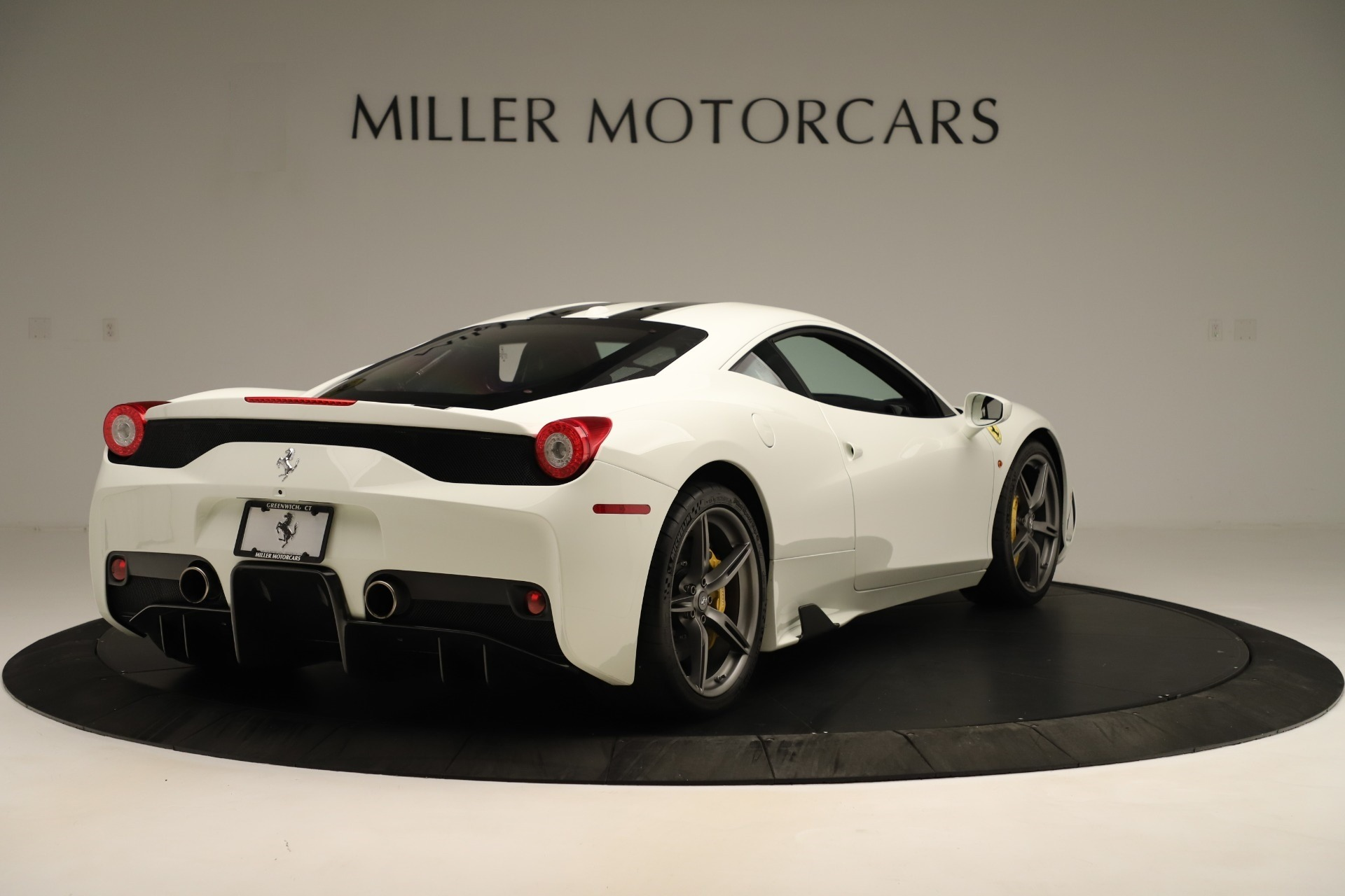 Used 2014 Ferrari 458 Speciale  For Sale In Greenwich, CT 3349_p7