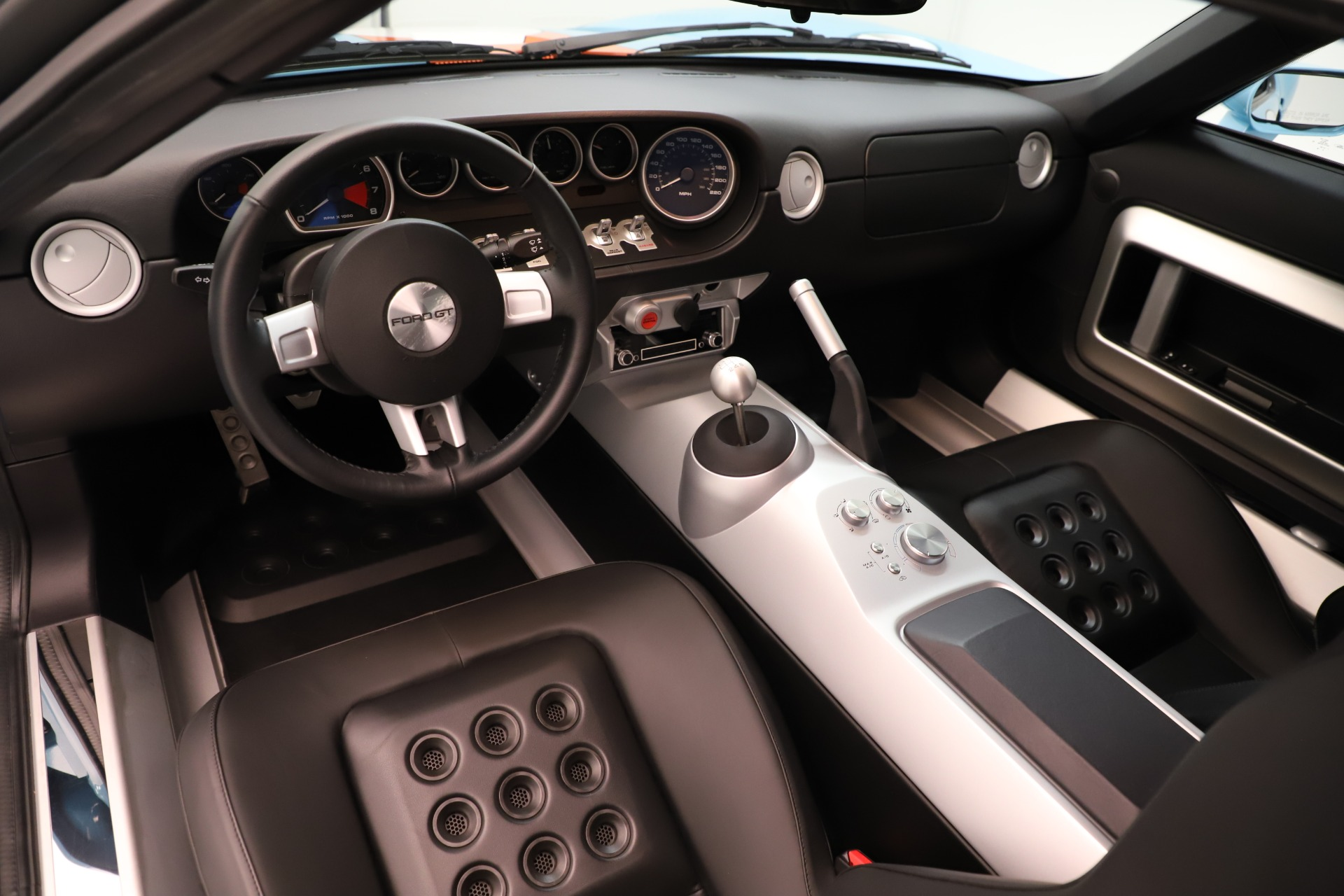 Used 2006 Ford GT  For Sale In Greenwich, CT 3350_p14
