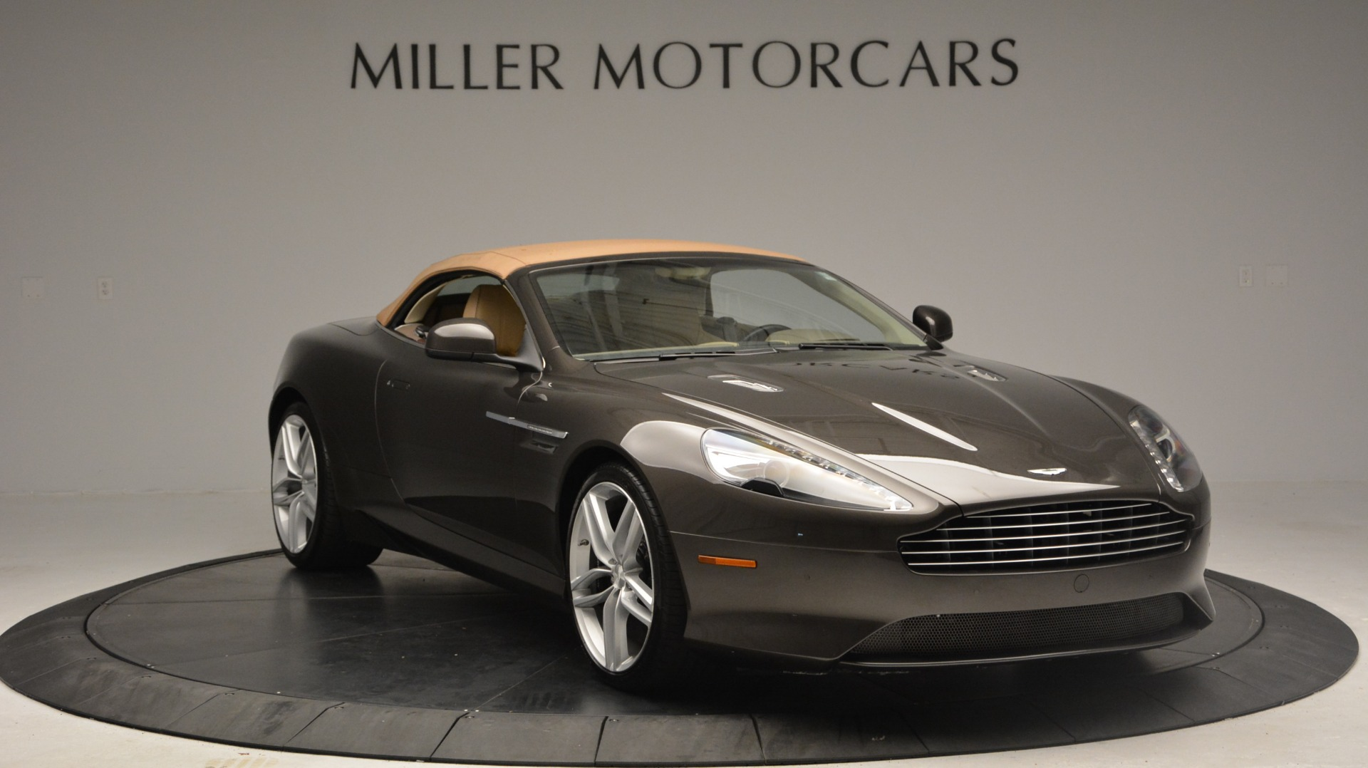 Used 2012 Aston Martin Virage Convertible For Sale In Greenwich, CT 3351_p20