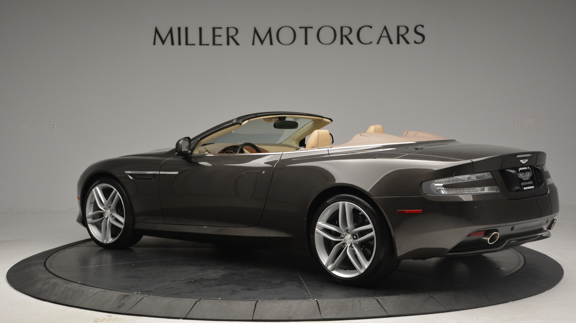 Used 2012 Aston Martin Virage Convertible For Sale In Greenwich, CT 3351_p4