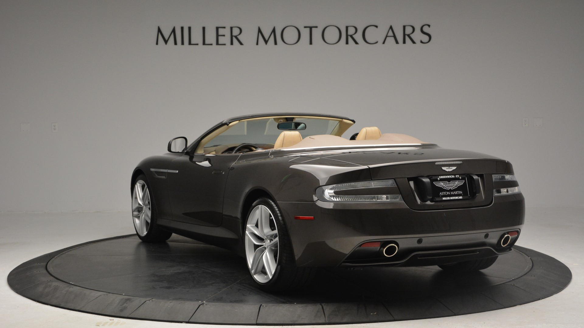 Used 2012 Aston Martin Virage Convertible For Sale In Greenwich, CT 3351_p5
