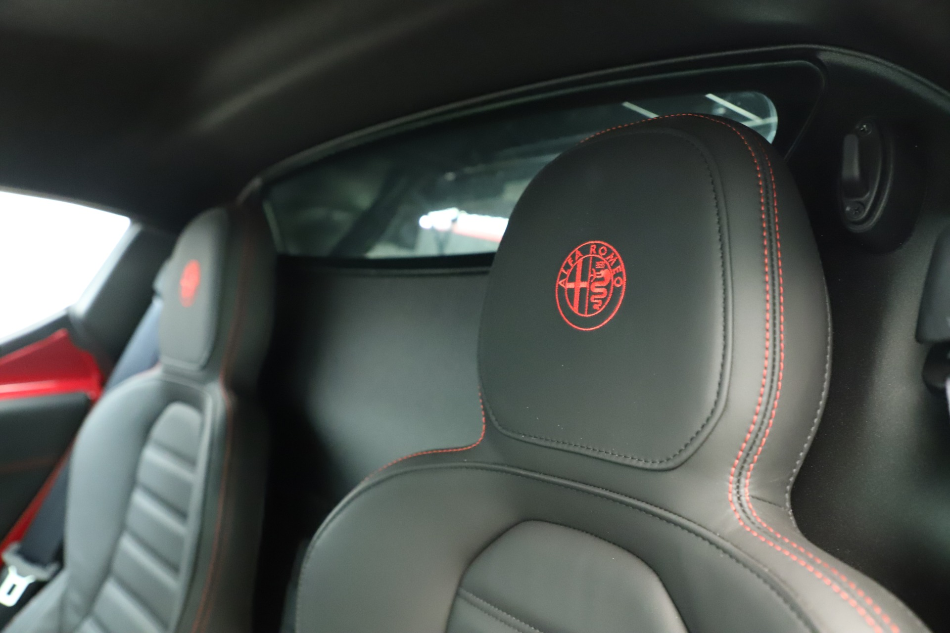 Used 2015 Alfa Romeo 4C  For Sale In Greenwich, CT 3352_p21