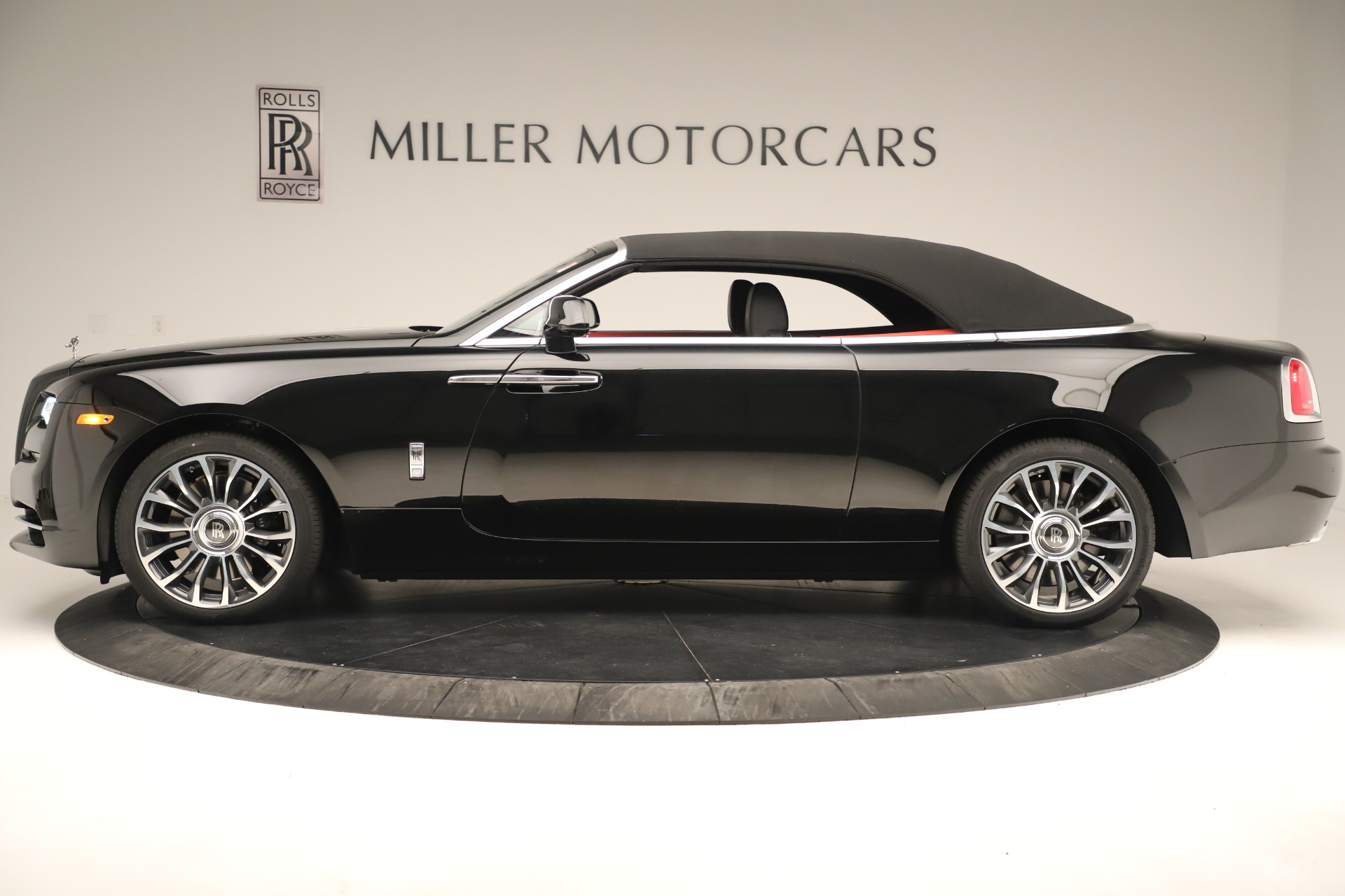 New 2019 Rolls-Royce Dawn  For Sale In Greenwich, CT 3356_p13