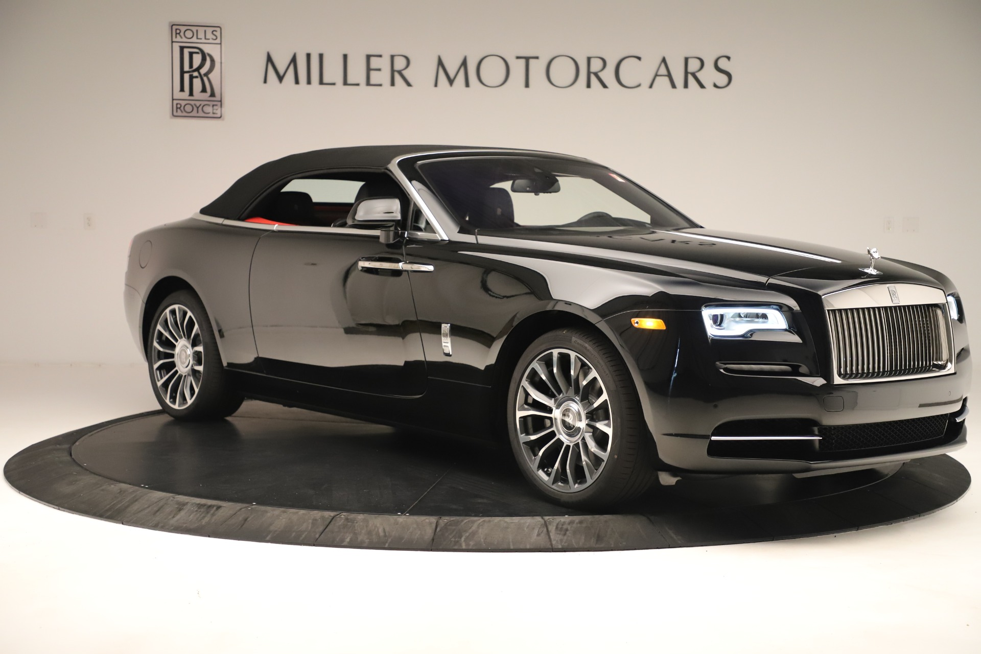New 2019 Rolls-Royce Dawn  For Sale In Greenwich, CT 3356_p18