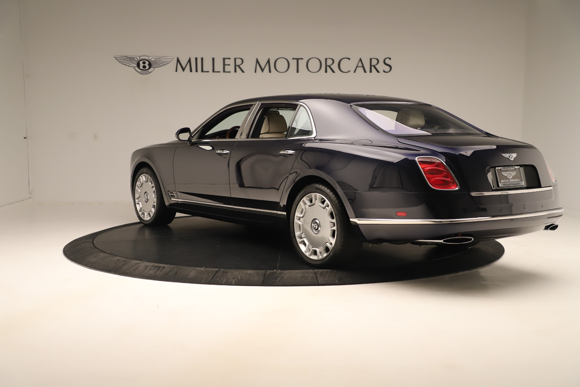 Used 2016 Bentley Mulsanne  For Sale In Greenwich, CT 3358_p5