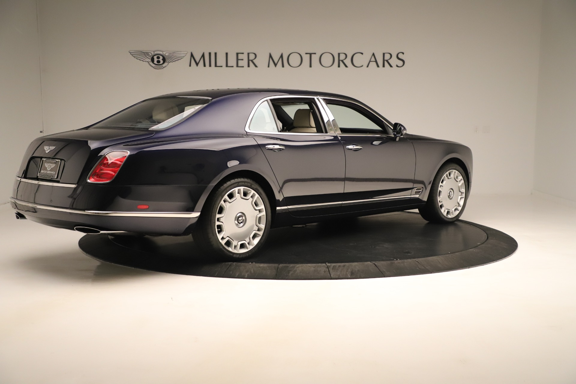 Used 2016 Bentley Mulsanne  For Sale In Greenwich, CT 3358_p8