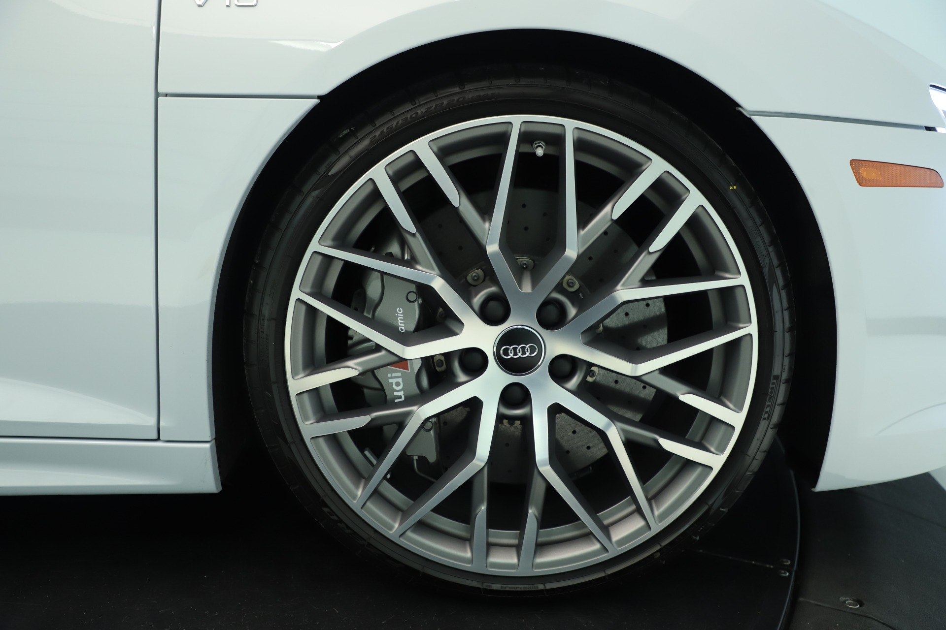 Used 2018 Audi R8 5.2 quattro V10 Plus For Sale In Greenwich, CT 3360_p13