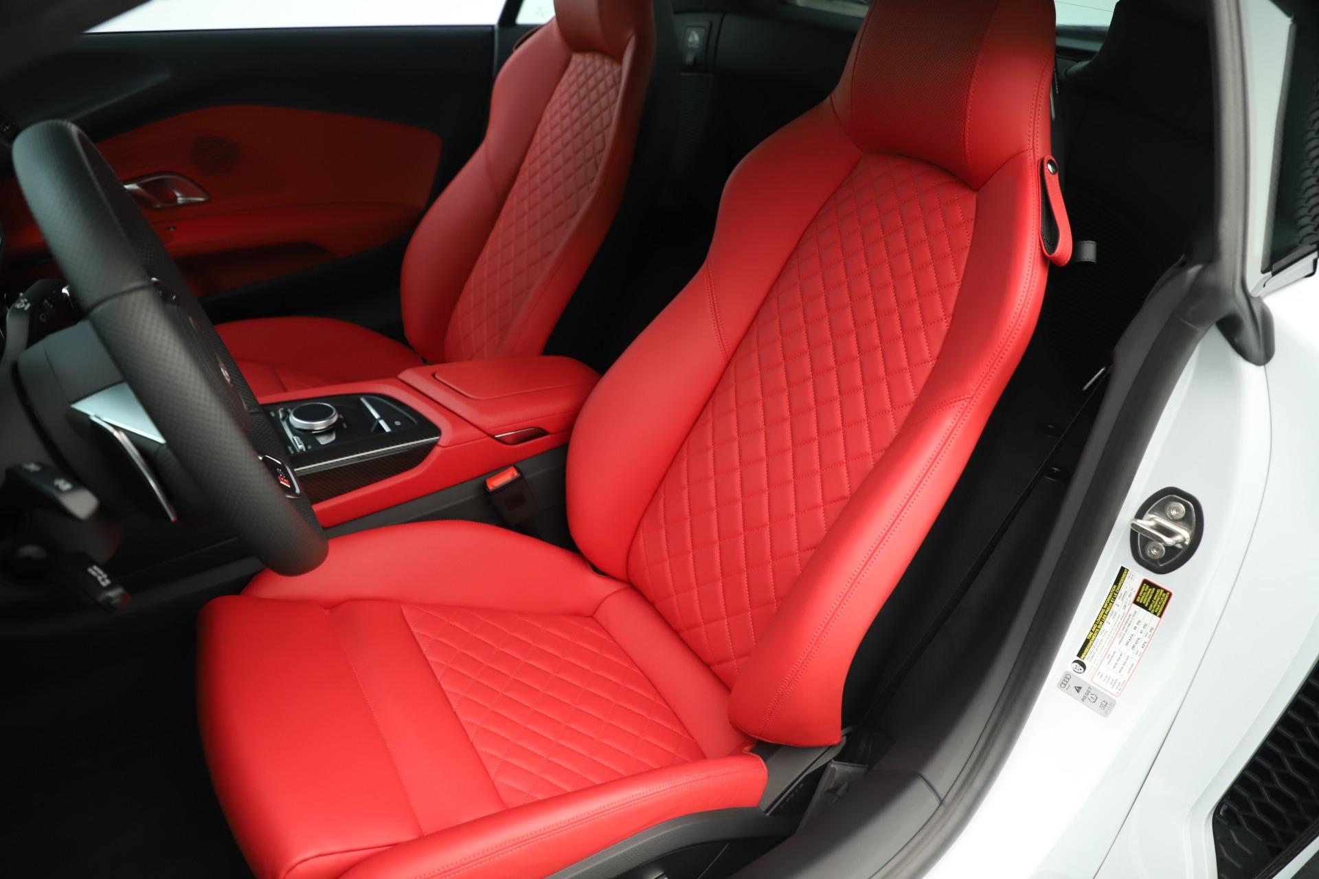 Used 2018 Audi R8 5.2 quattro V10 Plus For Sale In Greenwich, CT 3360_p16