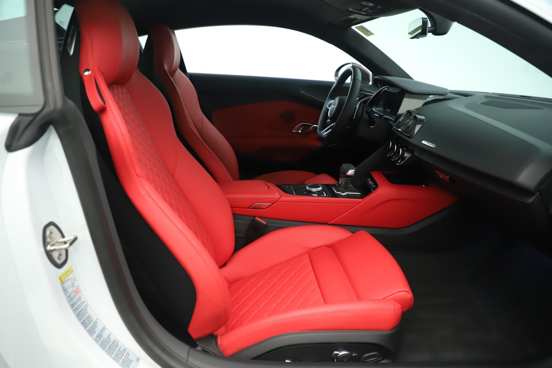 Used 2018 Audi R8 5.2 quattro V10 Plus For Sale In Greenwich, CT 3360_p19