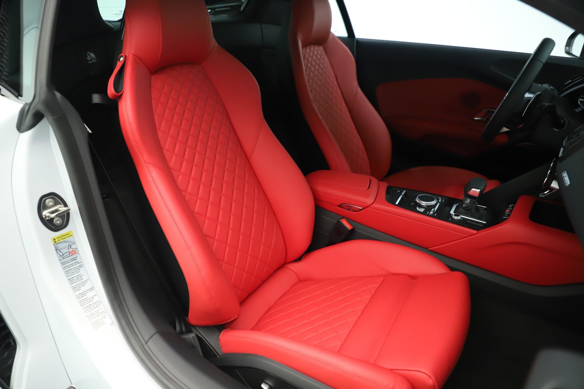 Used 2018 Audi R8 5.2 quattro V10 Plus For Sale In Greenwich, CT 3360_p20