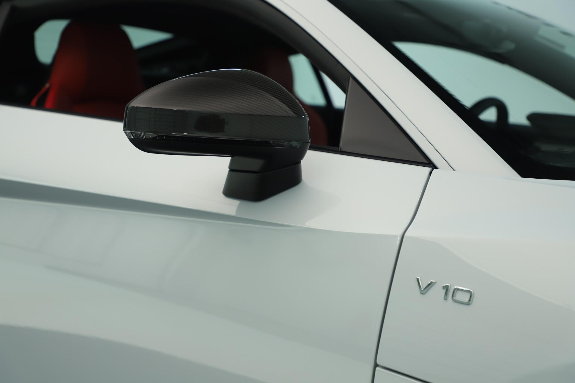 Used 2018 Audi R8 5.2 quattro V10 Plus For Sale In Greenwich, CT 3360_p24