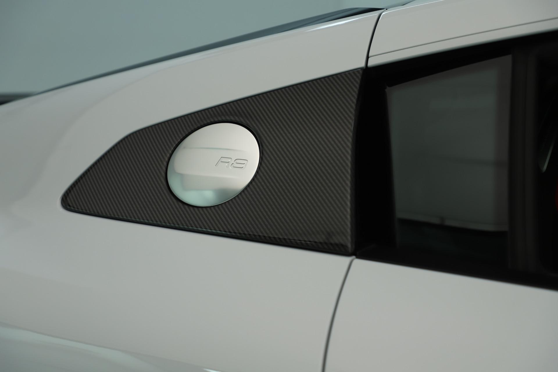 Used 2018 Audi R8 5.2 quattro V10 Plus For Sale In Greenwich, CT 3360_p25