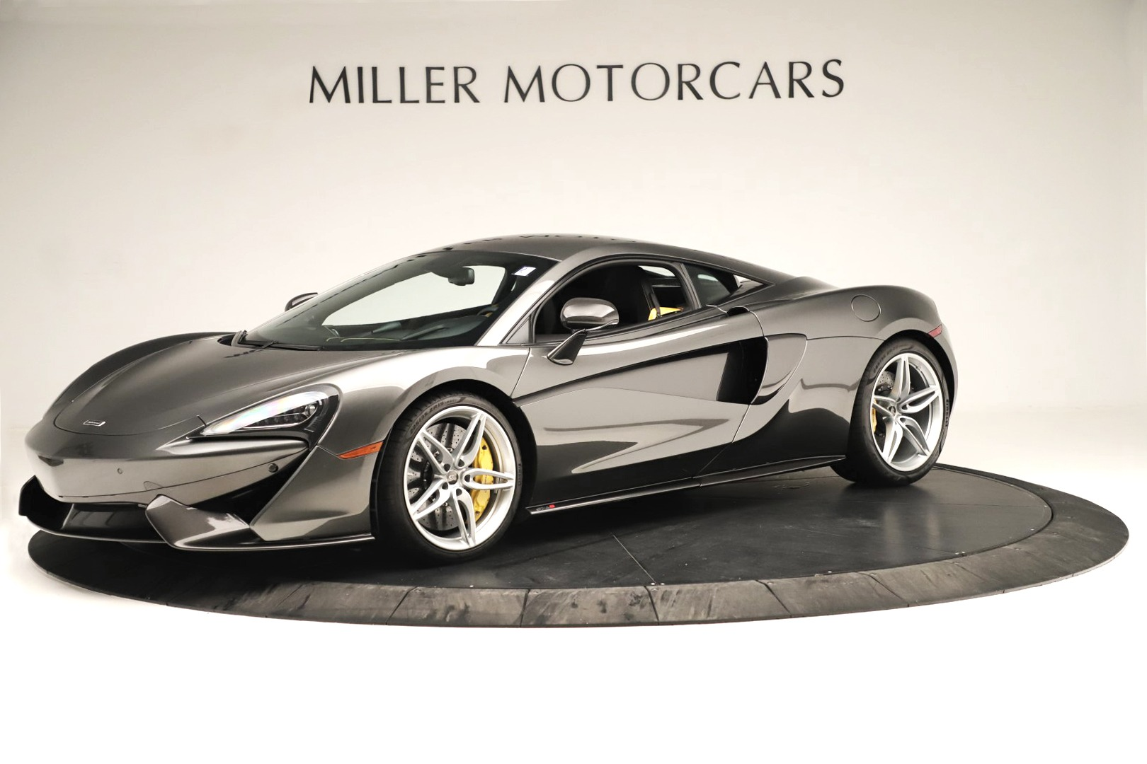 Used 2017 McLaren 570S Coupe For Sale In Greenwich, CT 3361_main