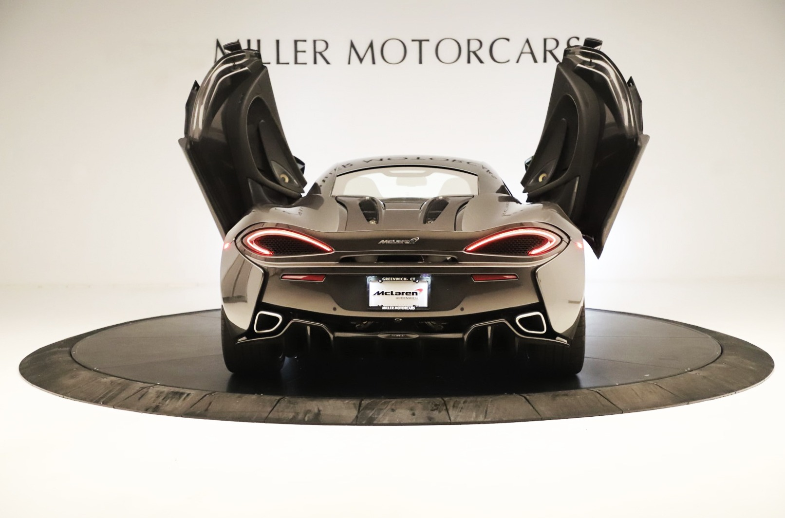Used 2017 McLaren 570S Coupe For Sale In Greenwich, CT 3361_p12