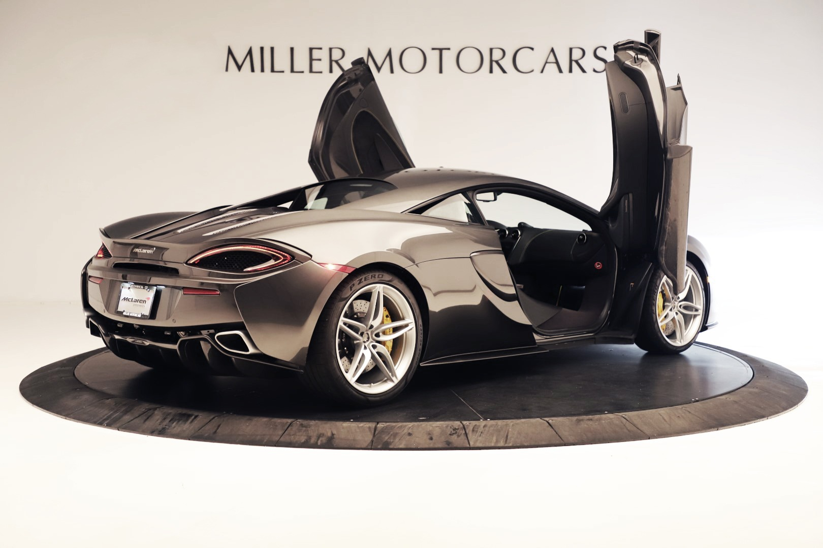 Used 2017 McLaren 570S Coupe For Sale In Greenwich, CT 3361_p13
