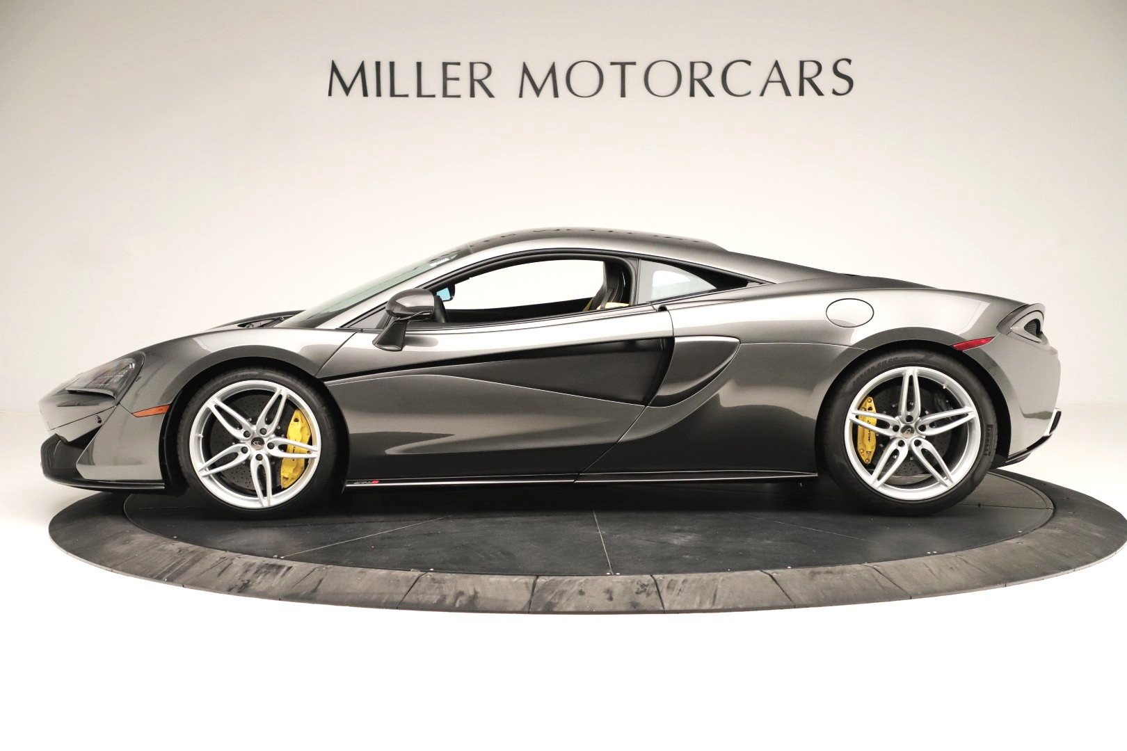 Used 2017 McLaren 570S Coupe For Sale In Greenwich, CT 3361_p2
