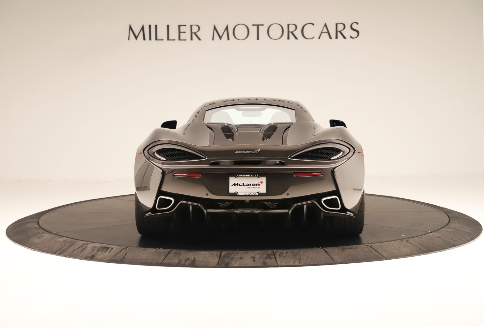 Used 2017 McLaren 570S Coupe For Sale In Greenwich, CT 3361_p4