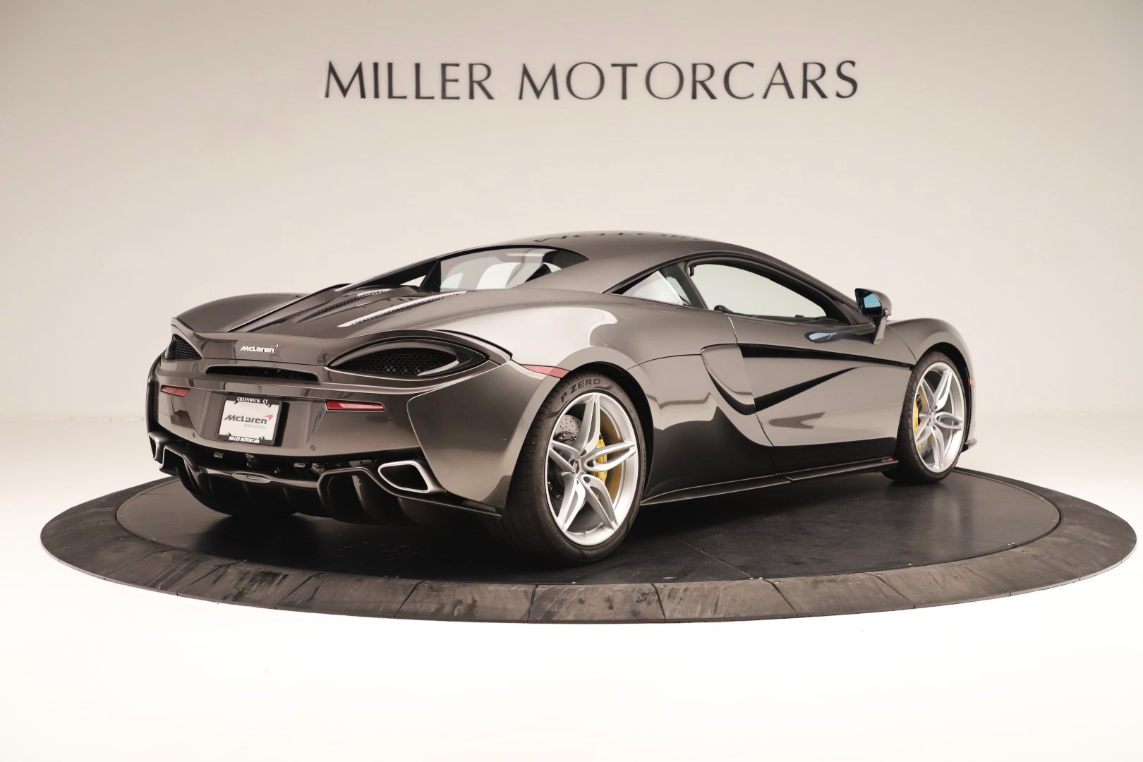 Used 2017 McLaren 570S Coupe For Sale In Greenwich, CT 3361_p5