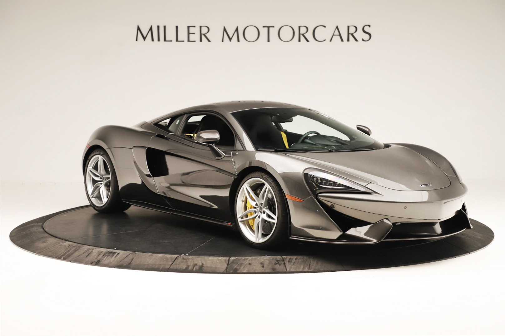 Used 2017 McLaren 570S Coupe For Sale In Greenwich, CT 3361_p7