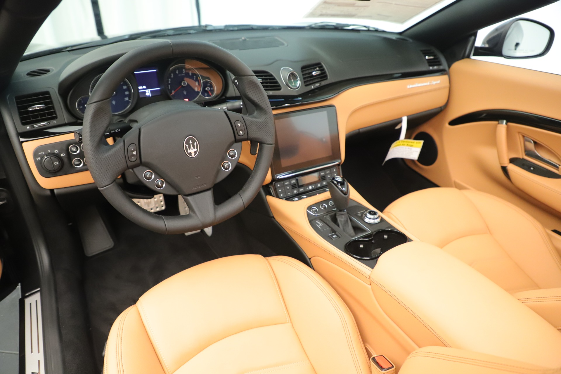 New 2019 Maserati GranTurismo Sport Convertible For Sale In Greenwich, CT 3367_p19