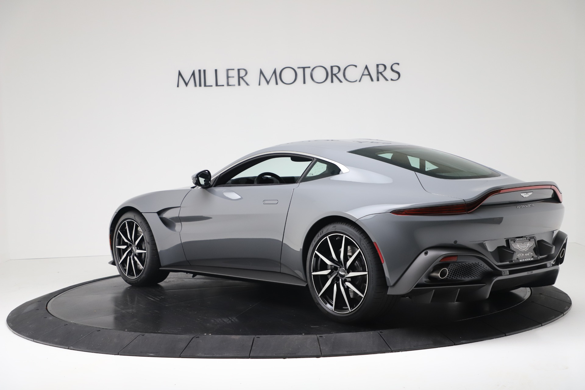 New 2020 Aston Martin Vantage V8 For Sale In Greenwich, CT 3368_p3