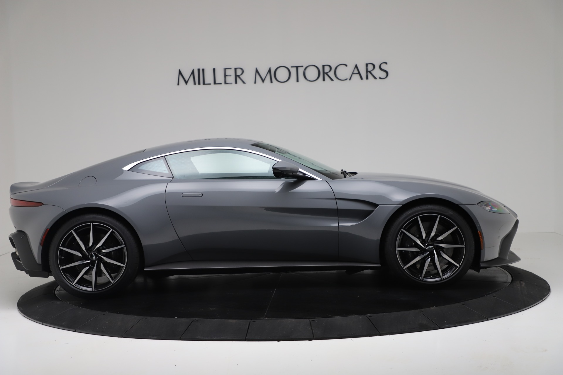 New 2020 Aston Martin Vantage V8 For Sale In Greenwich, CT 3368_p6