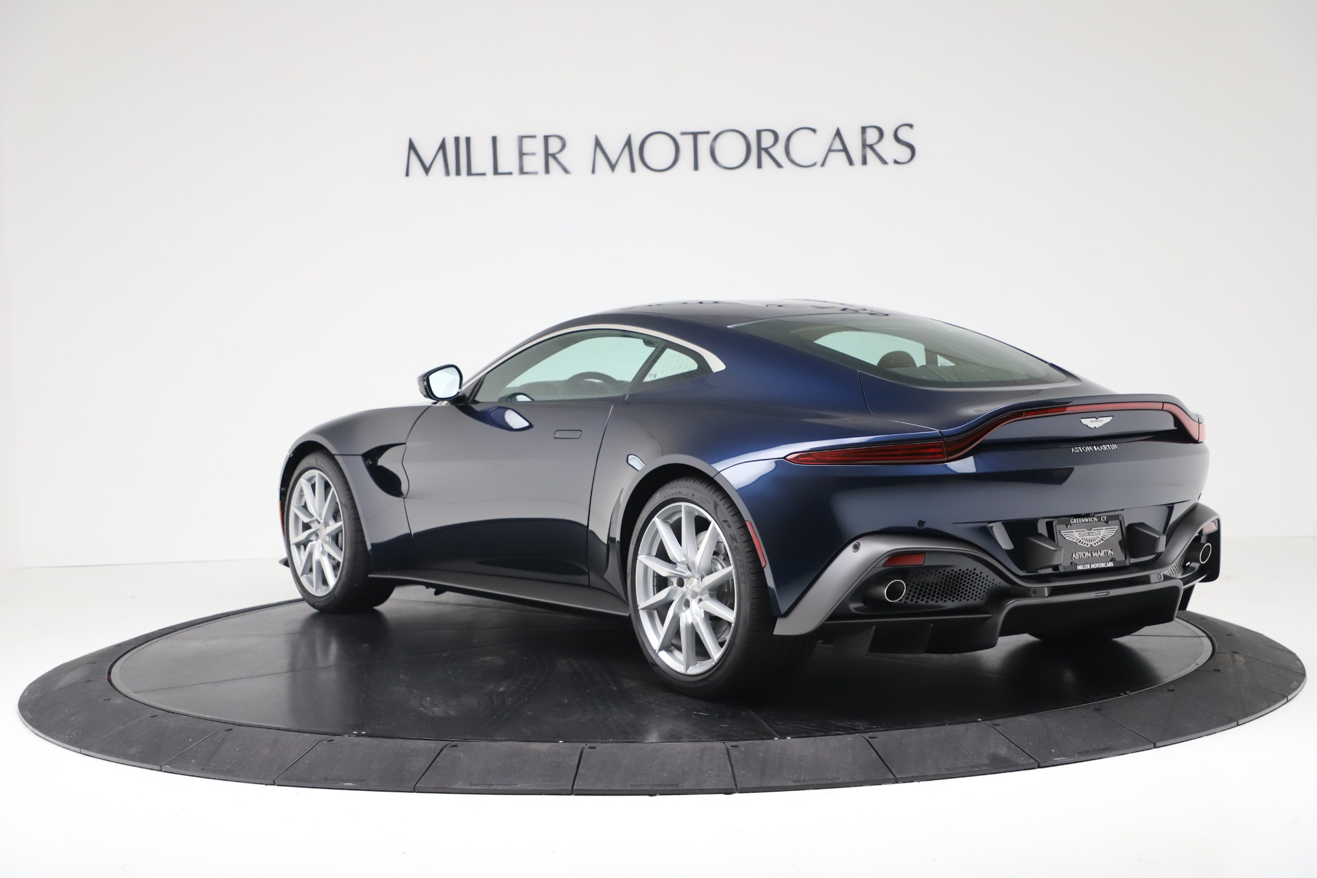 New 2020 Aston Martin Vantage  For Sale In Greenwich, CT 3369_p3