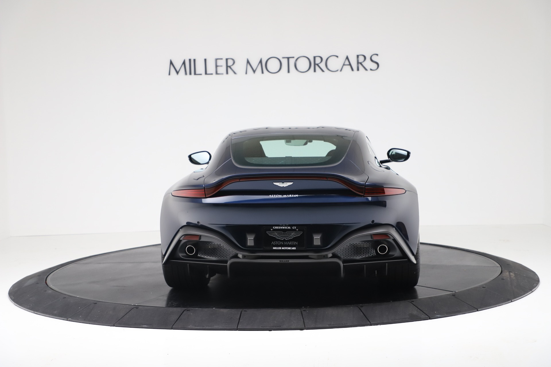 New 2020 Aston Martin Vantage  For Sale In Greenwich, CT 3369_p4