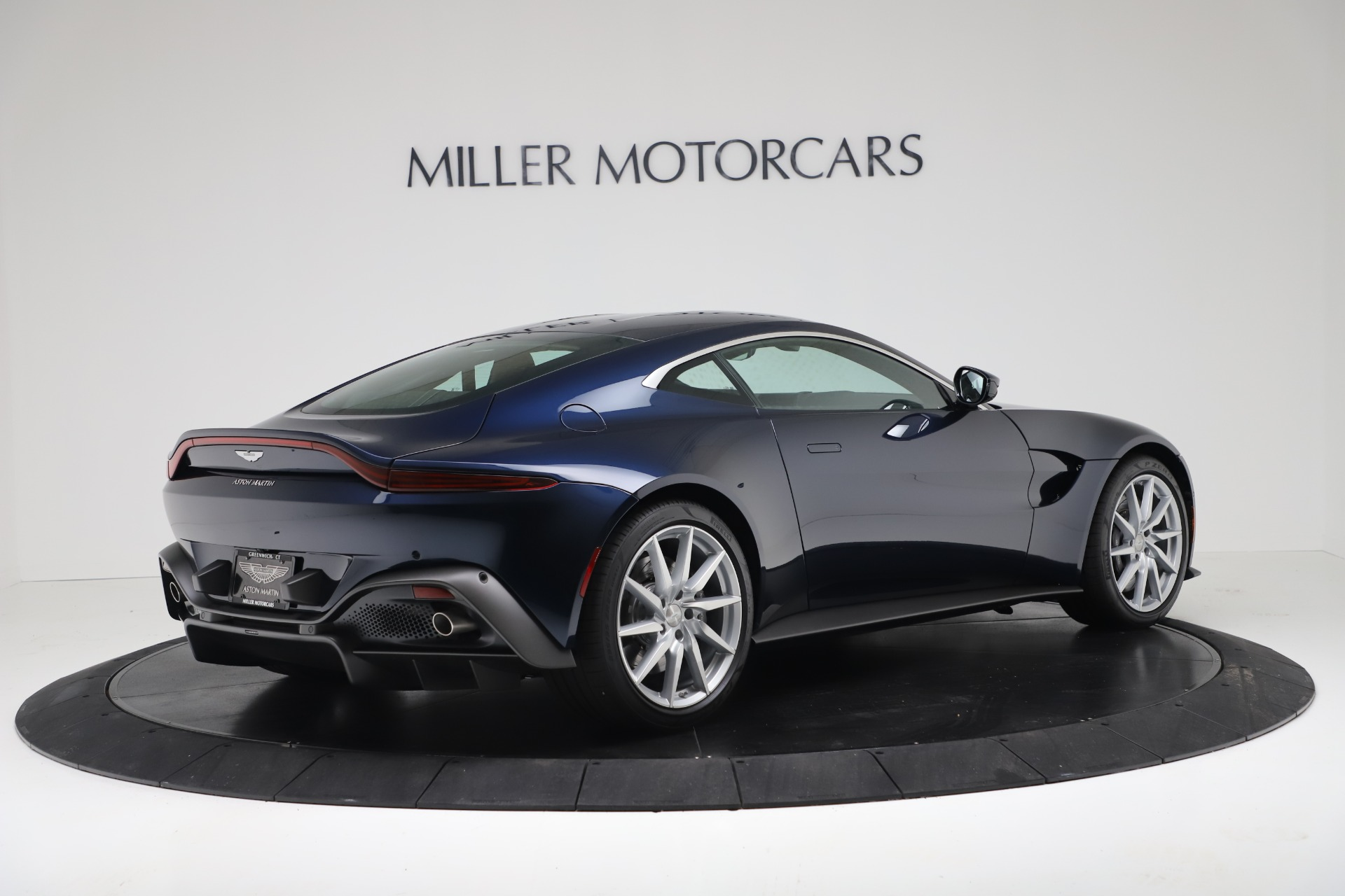 New 2020 Aston Martin Vantage  For Sale In Greenwich, CT 3369_p5