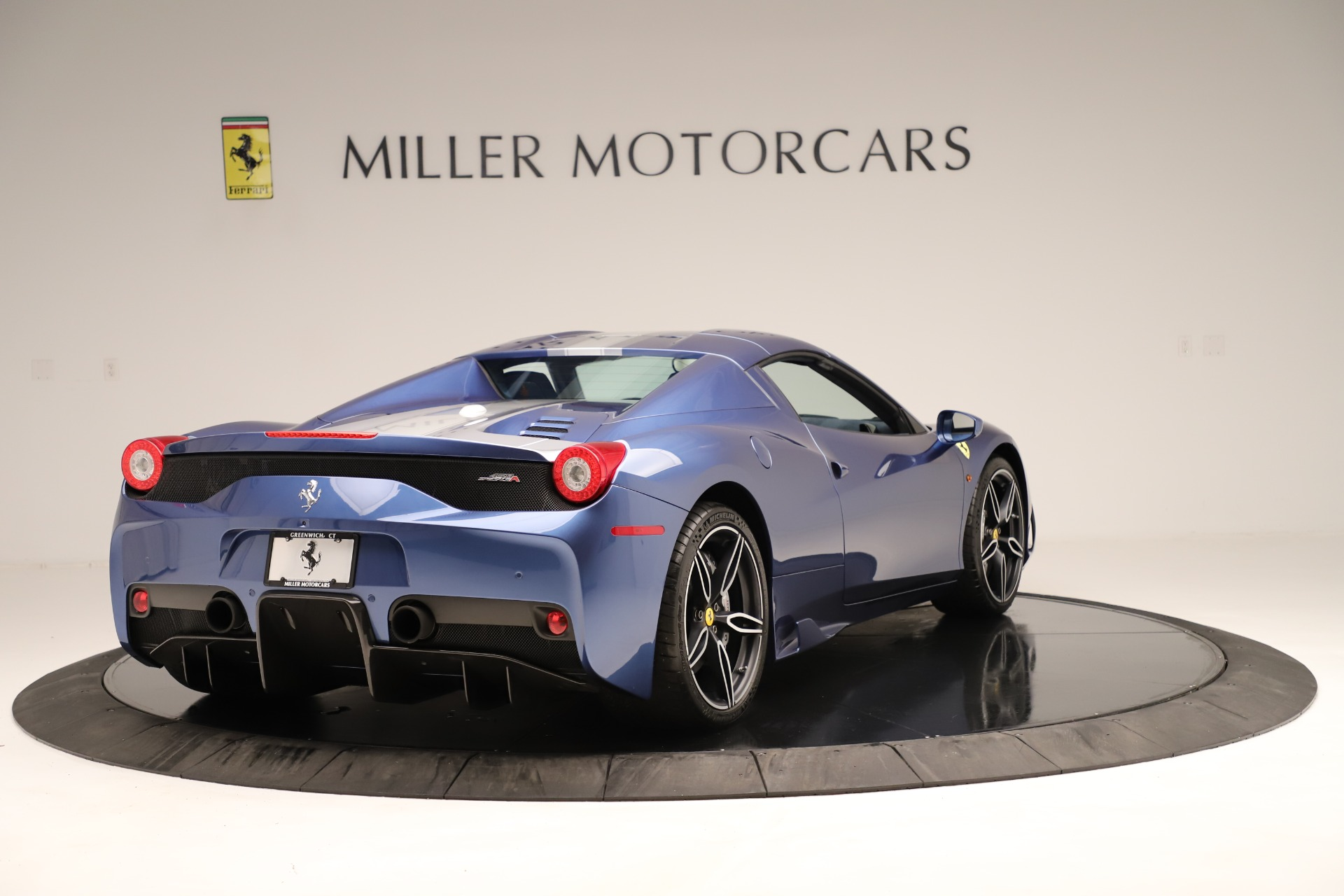 Used 2015 Ferrari 458 Speciale Aperta  For Sale In Greenwich, CT 3372_p17