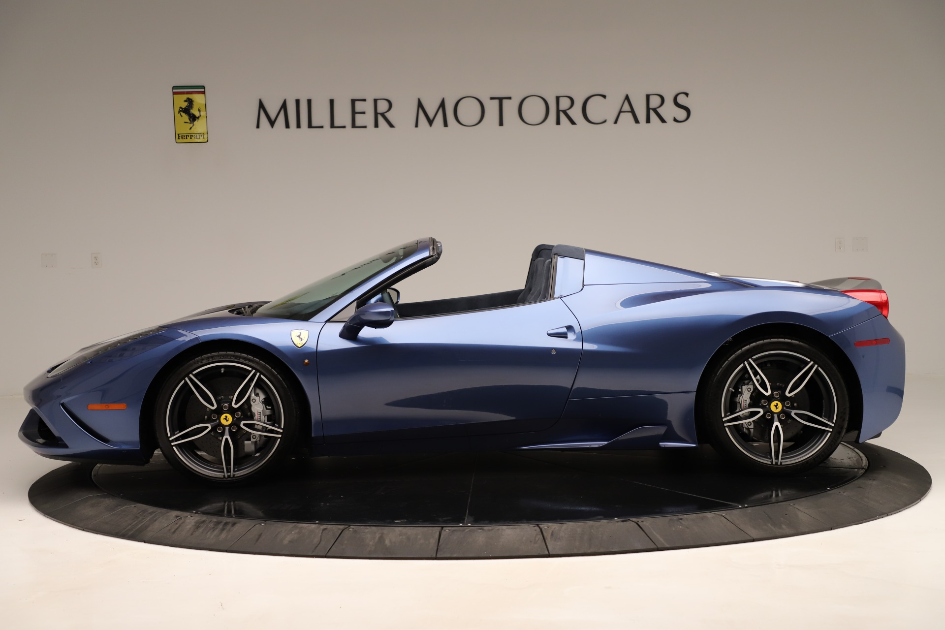 Used 2015 Ferrari 458 Speciale Aperta  For Sale In Greenwich, CT 3372_p4