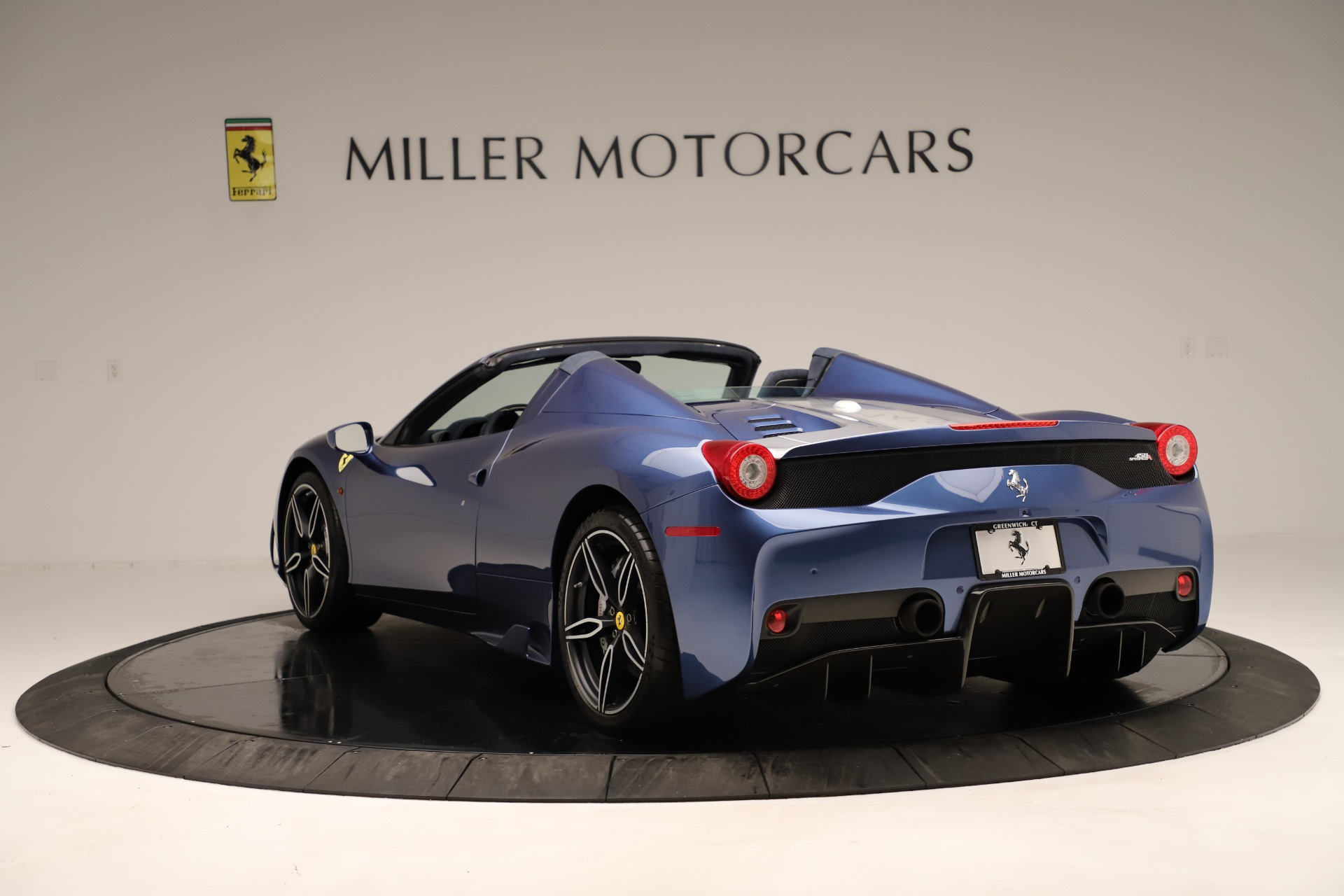 Used 2015 Ferrari 458 Speciale Aperta  For Sale In Greenwich, CT 3372_p6